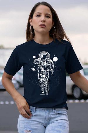 Rock & Roll - Bisikletli Astronot Lacivert Kısa Kollu Kadın T-shirt
