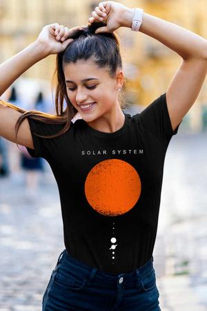 Rock & Roll - Güneş Sistemi Siyah Kısa Kollu Kadın T-shirt