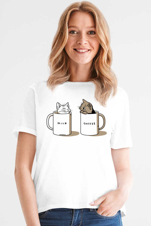 Sütlü Sade Beyaz Kısa Kollu Kadın T-shirt