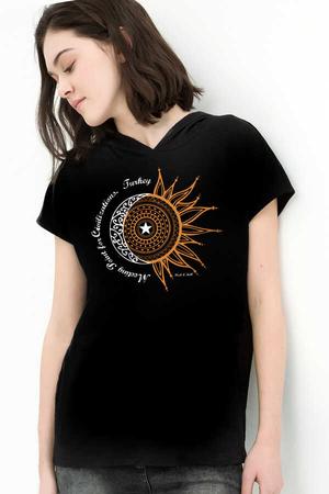 Rock & Roll - Türkiye Ay Yıldız Siyah Kapşonlu Kısa Kollu Kadın T-shirt