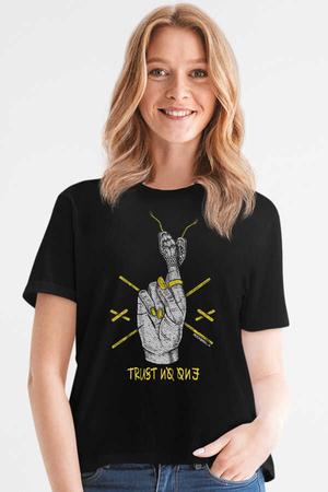 Rock & Roll - Yılan Parmaklar Siyah Kısa Kollu Kadın T-shirt